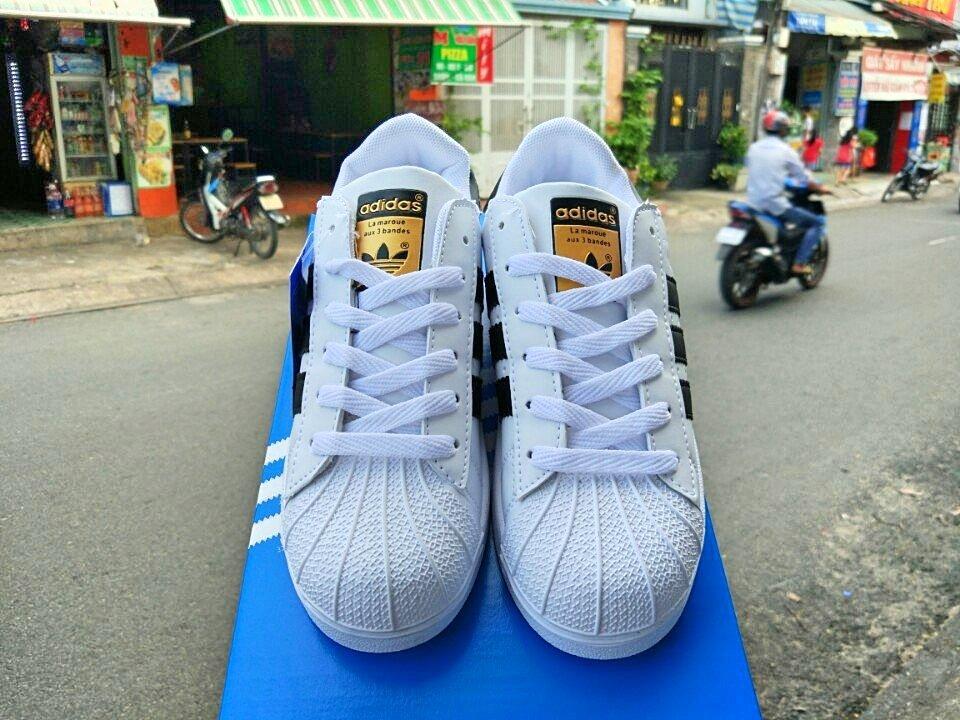 Giày Adidas Super Star fake 1