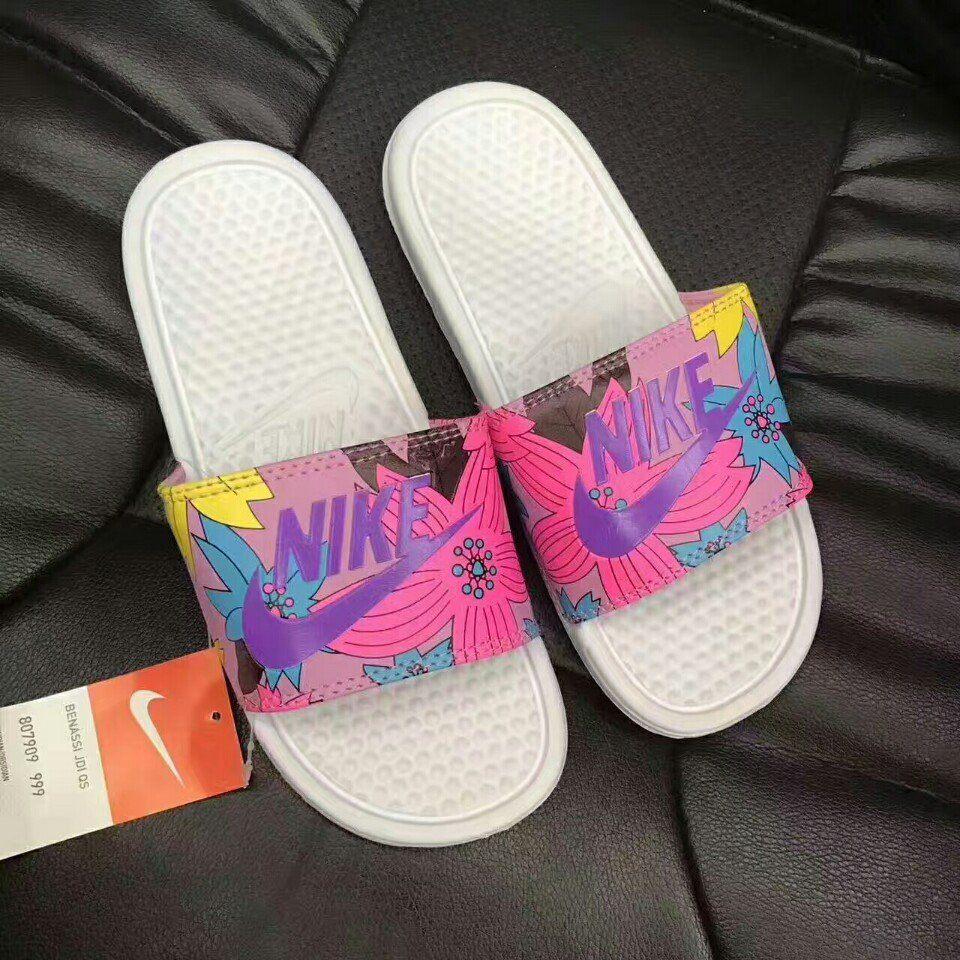Dép Nike Benassi Hawai hồng