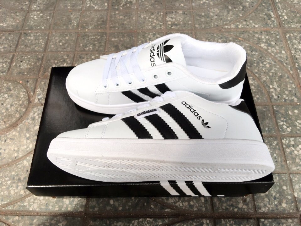 Giày Adidas Super Star trắng trơn 1