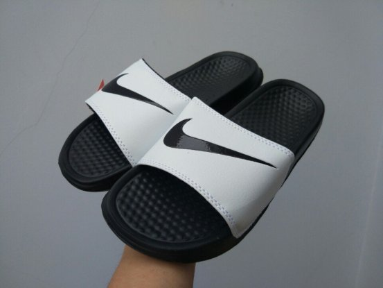 Dép Nike Benassi 01 đen trắng