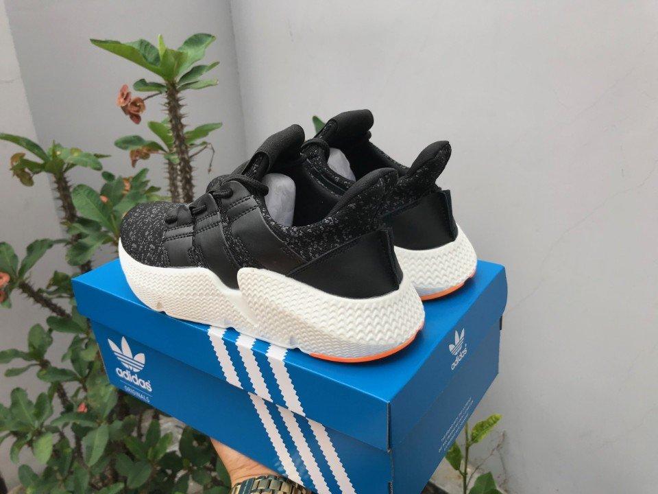Giày Adidas Prophere màu đen 2
