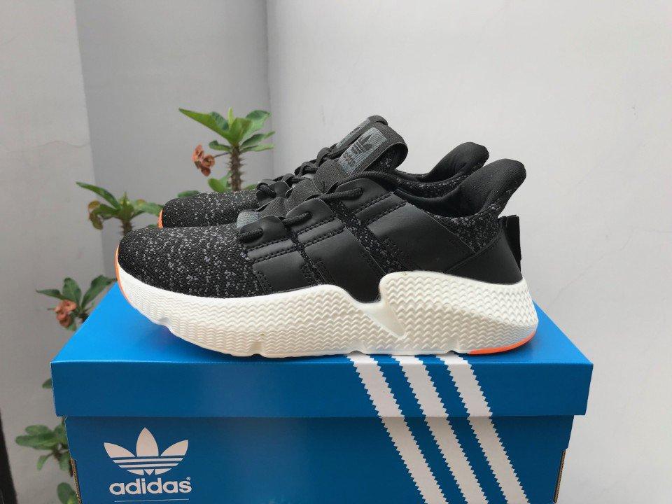 Giày Adidas Prophere màu đen