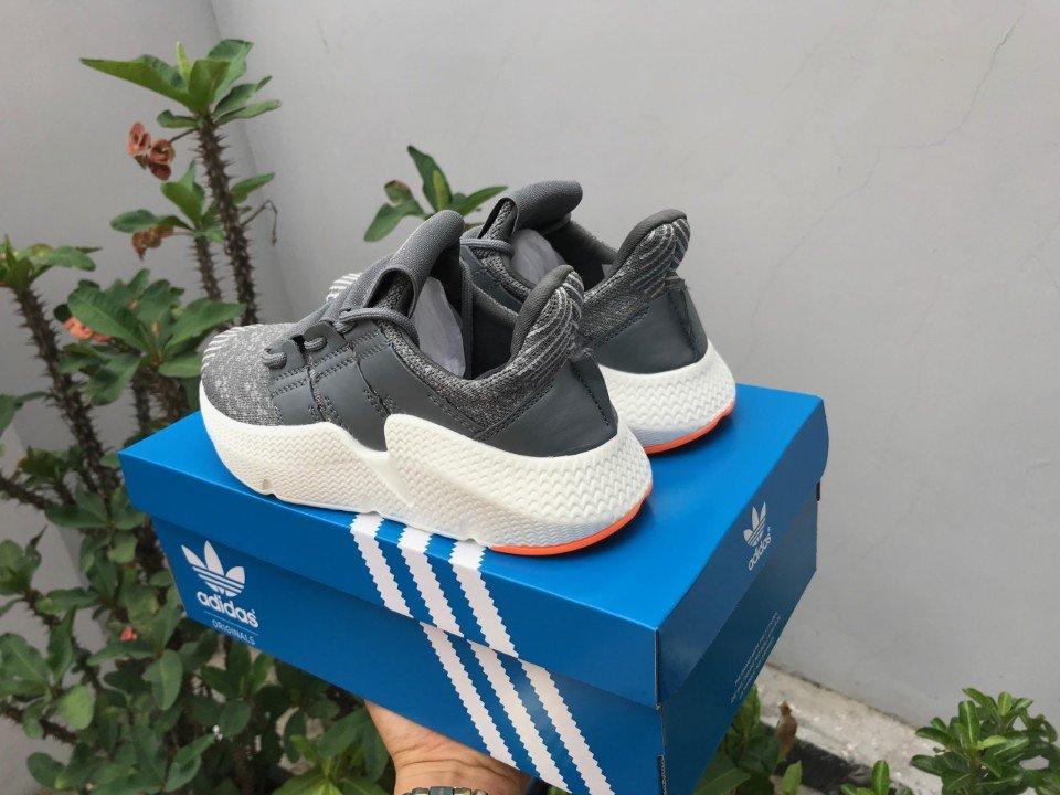 Giày Adidas Prophere màu xám 1