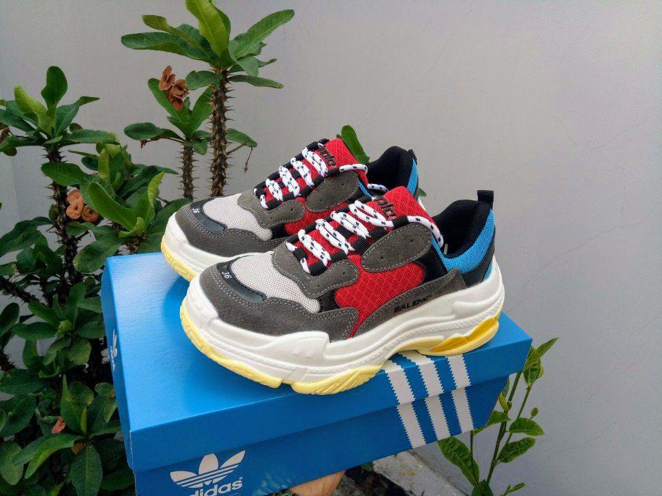 Giày Balenciaga Triple S đỏ ảnh 1