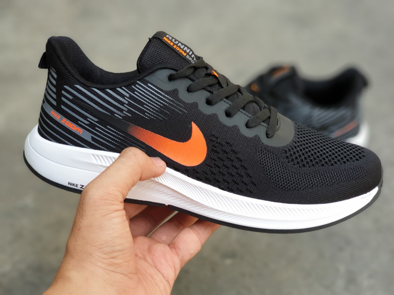 Giày Nike nam zoom đen cam