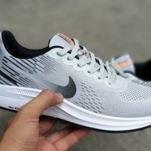 Giày Nike nam zoom xám