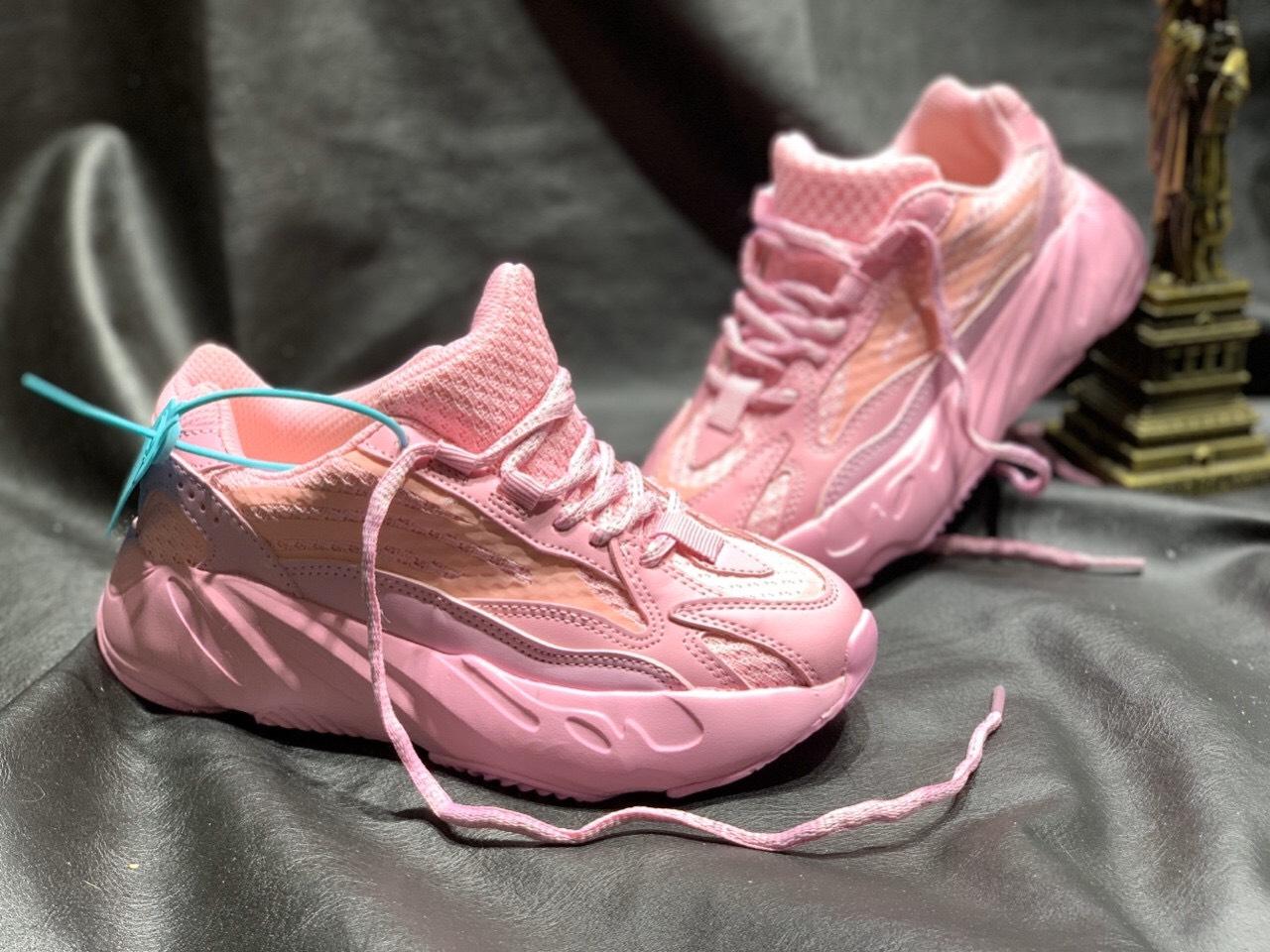 giày adidas yeezy 700 màu hồng